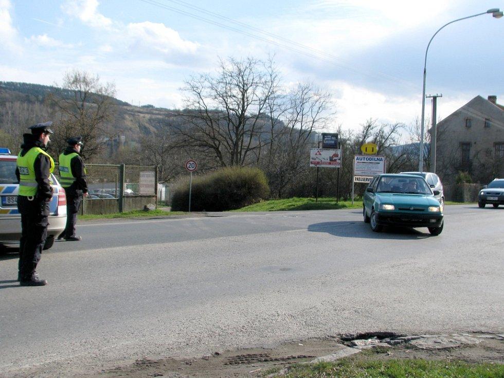 V Berouně hořela prodejna,část Plzeňské ulice byla v době zásahu hasičů zcela uzavřená