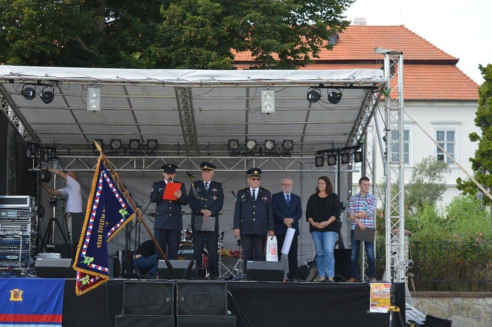 Liteňští dobrovolní hasiči oslavili 140. výročí založení Sboru dobrovolných hasičů v Litni. Sbor vznikl v roce 1877 a od té doby prošel velkým vývojem.