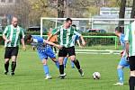 Fotbalisté Cembritu (v zelenobílém) remizovali s Trubínem.