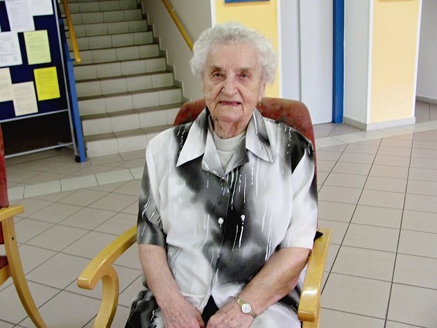 Anna Švestková letos vDomově vZahradách ve Zdicích oslaví 105.narozeniny. Narodila se vTočníku a přátelila se sT.G. Masarykem.