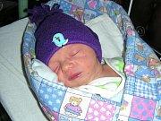 MANŽELŮM Tereze a Janovi Boučkovým z Nižbora, se 22. října 2017 narodilo první miminko, syn Matyáš. Matyáškovi sestřičky na porodním sále navážily 2,84 kg a naměřily 48 cm.