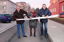 Zrekonstruovaná první část ulice Mládeže v Berouně.