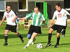 Momentky z utkání Cembrit Beroun - Roztoky 5:1 (1:0).