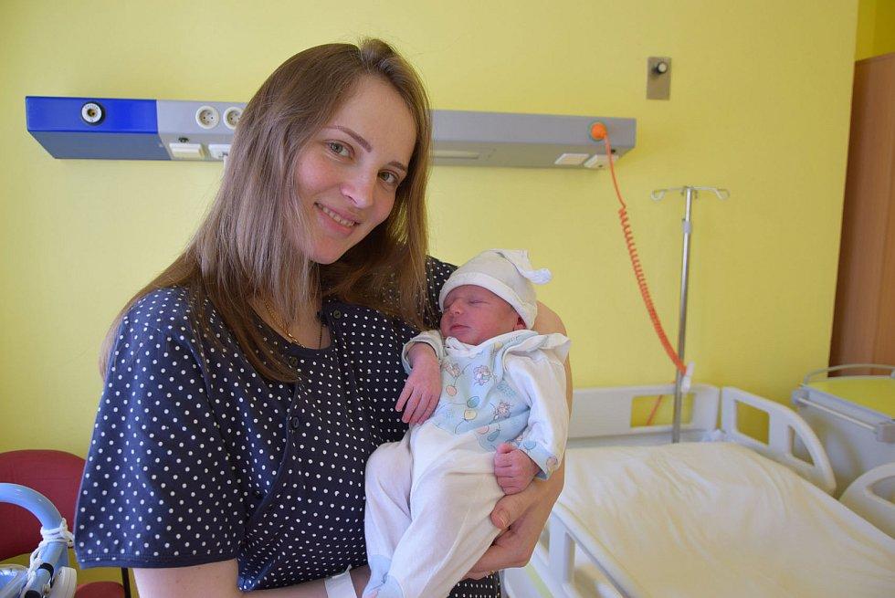 Alex Kočí se Marianě Kukhar a Robertu Kočímu narodil v benešovské nemocnici 7. května 2021 v 18.03 hodin, vážil 3280 gramů, měřil 53 centimetrů. Rodina bydlí v Líšně.