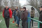 Návštěvníci utkání pražského turnaje viděli šest gólů.