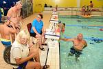 Z plavecké soutěže měst v Berouně.