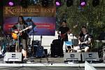 Na festivalu mimo jiné zahrály i revival kapely Lucie a Kabátů.