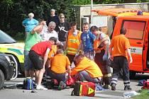 Dopravní nehoda osobního auta s motorkou v Chyňavě