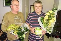 JUBILEJNÍ DÁRCI Václav Malecký a  Zdeněk Laštovička (zleva)