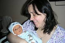 Maminka Brigita Jankovská ze Skryjí přivedla na svět v pátek 23. listopadu své první děťátko, syna Jakuba. Kubíček vážil po narození 2,26 kg a měřil 48 cm.