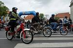 Tradiční spanilá jízda mopedů v Žebráku