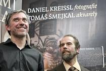 Výstava Dantom Bohema představuje akvarely berounského výtvarníka Tomáše Šmejkala a fotografie Daniela Kreissla. První společná výstava berounských pábitelů.