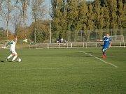 O výhře Hořovicka (v modrém) rozhodl jediný gól Martina Kopáče.