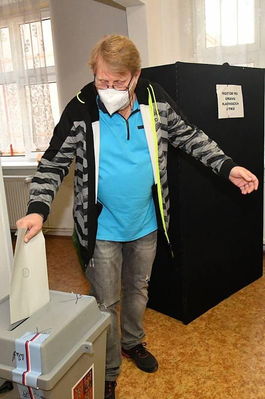 Volby v Králově Dvoře.