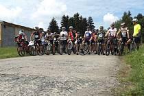 Účastníci duatlonu se museli v části na horském kole vypořádat s nebezpečnými sjezdy a dlouhými výšlapy.