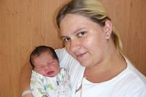 Jméno Samuel vybral pro svého prvorozeného synka tatínek Petr Zíka ze Suchomast. Sama přivedla na svět maminka Aneta Lopušanová ve čtvrtek 6. září a chlapeček v ten den vážil 3,75 kg a měřil rovných 50 cm.