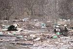 Berounka zaplavila několik zahrad, pole i cesty