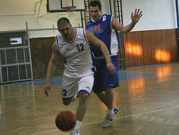 Berounští basketbalisté zdolali Strakonice 78:69