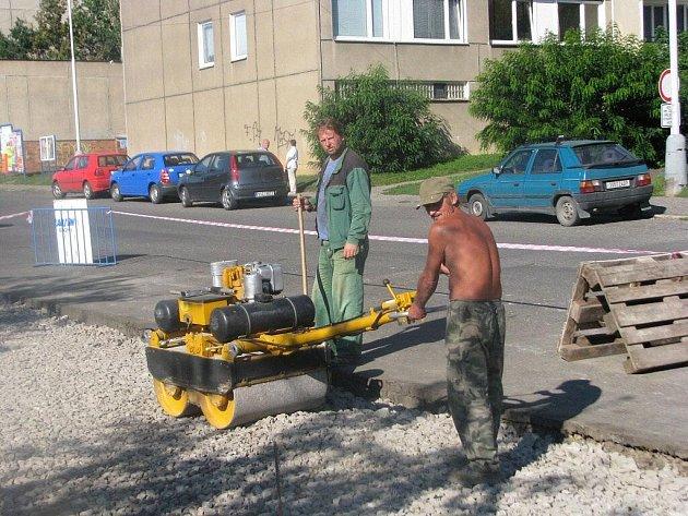 Město do parkovacích míst investuje statisíce korun
