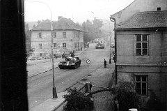 V Berouně agresi spojeneckých vojsk lid tvrdě odmítal. Psali jim vzkazy na domy a podepisovali protestní rezoluce.