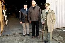 Setkání před Army muzeem Zdice