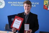 Hynek Černý z Černína u Zdic získal titul Gentleman silnic.