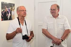 Z vernisáže výstavy fotografií Vladimíra Kasla ve Starém zámku v Hořovicích.
