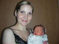 Tatínek Petr Křen si nenechal ujít narození prvního miminka, synka Peťulky, kterého přivedla na svět maminka Zuzana Oliverius 8. prosince. Petr vážil po porodu 2,96 kg. Domov má rodinka v Mníšku pod Brdy.