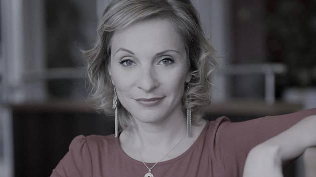 Martina Kemrová, vedoucí tiskového a PR oddělení Středočeského kraje.
