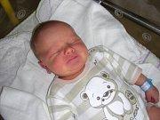 VAVŘINEC Kroupa se narodil 25. srpna 2017 v hořovické porodnici, vážil 3,67 kg a měřil 51 cm. Kočárek s bráškou Vavříčkem budou vozit dvě starší sestřičky.