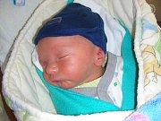 Nejkrásnější vánoční dárek dostali pod stromeček rodiče z Roztok u Prahy. Na Štědrý den se jim narodil prvorozený syn a maminka s tatínkem mu vybrali jméno Jiří. Jiříček vážil po příchodu na svět 2,27 kg a měřil 43 cm.