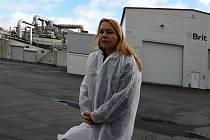 Z prohlídky společnosti Vafo Praha působící v Chrášťanech na Praze-západ. Na snímku produktová ředitelka Karolína Čápová.