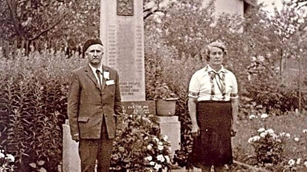 Oslava baráčníků v Chodouni ve 20. století.