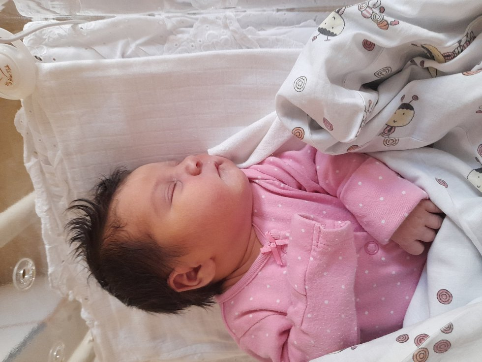 Janička Burešová se narodila 9. července 2021 ve 2.32 hodin v čáslavské porodnici. Pyšnila se porodní váhou 3400 gramů a délkou 48 centimetrů. Domů do Třemošnice si ji odvezla maminka Jana.