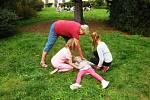 Děti se ve školní družině Beroun - Závodí naučily, jak poskytnout první pomoc.