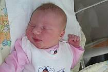 V úterý 10. srpna se stali podruhé rodiči Kamila Blažková a Adam Pokorný. V tento den se jim narodila dcerka Karolínka, která vážila 3,60 kg a měřila rovných 50 cm. Doma v Jincích se na sestřičku těší Anetka (8).