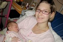 Amálie Eschnerová se narodila v úterý 29. října. Na svět přišla s mírami 51 centimetrů a 3,35 kilogramu. Radost z dcery má maminka Kristýna i tatínek Jan, rodiče budou dcerku vychovávat v Hořovicích.