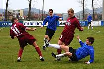 V domácím utkání s Dobříší se cábelíci dlouho trápili střelecky. Jediný gól zápasu vstřelil až ve čtvrté minutě nastavení Michal Červenka.