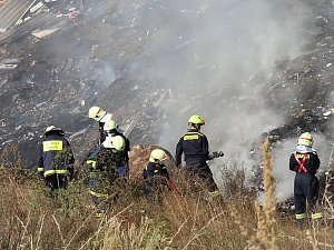 Požár skládky ve Stašově