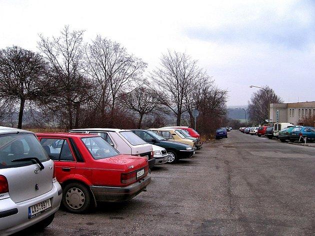 kamerový systém by měl zabránit častému poškozování zaparkovaných automobilů