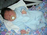 S PĚKNOU váhou 4,30 kg a mírou 51 cm se 2. března 2018 narodil Jan Nový, první dítko Terezy Zedkové a Jana Nového. Novopečená rodinka má domov ve Svárově.