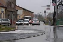 Oparava Masarykovy ulice zablokovala dopravu v Hořovicích.