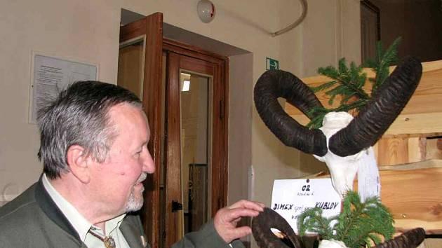 Výstava spárkaté zvěře v Plzeňce v Berouně