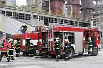 Cvičení požárních jednotek ve Velkolomu Čertovy schody