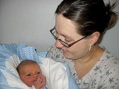 Domů do Berouna si svého prvorozeného syna Matěje Mejstříka, který se narodil v sobotu 17. srpna v příbramské porodnici a v ten den vážil 3,02 kg, odvezli maminka Pavlína a tatínek Pavel.