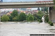 Povodně na Berounce, pondělí podvečer