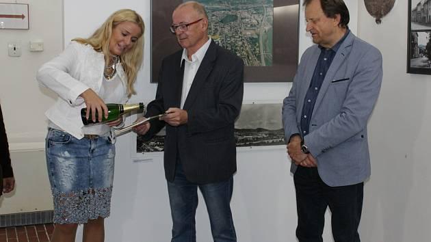 Výstava Proměny Berouna a křest nové knihy Miloše Garkische v Muzeu Českého krasu