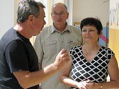 REKONSTRUKCE ZÁZEMÍ bazénu 1. základní školy Hořovice provázely pravidelné kontrolní dny.