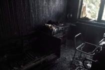 Ze záchrany nemohoucí seniorky z hořícího domu v Hořovicích dne 10. ledna 2021.