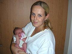 Pěknou váhou 3,84 kg a mírou 50 cm se mohla 6. září pochlubit Aneta Bejlková, prvorozená dcerka maminky Veroniky a tatínka Jakuba. Rodiče si Anetku odvezou z porodnice do Berouna.